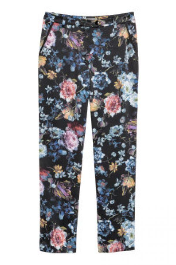 Pantaloni cu motive