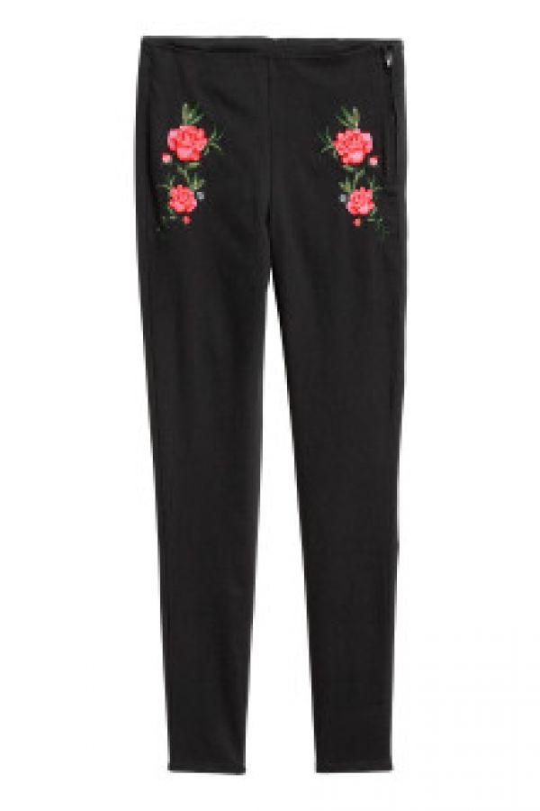 Pantaloni elastici brodati