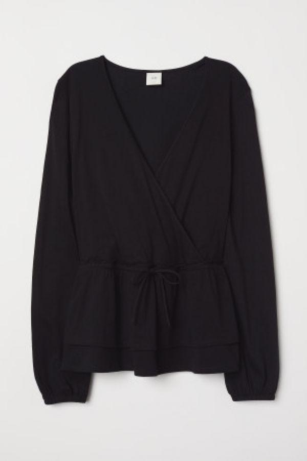 Bluza petrecuta de jerseu