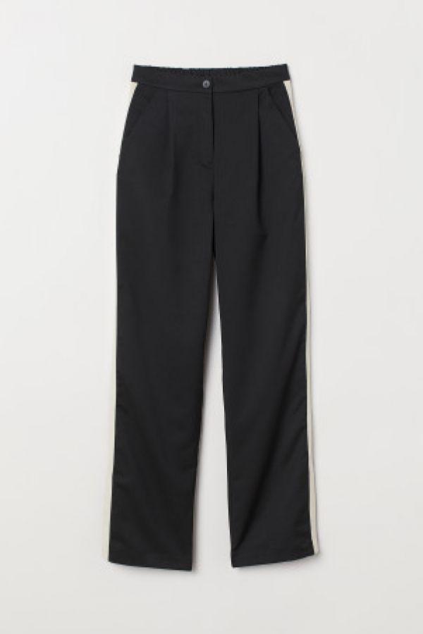 Pantaloni cu benzi pe laterale