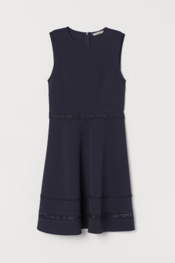 Rochie cu borduri de dantela