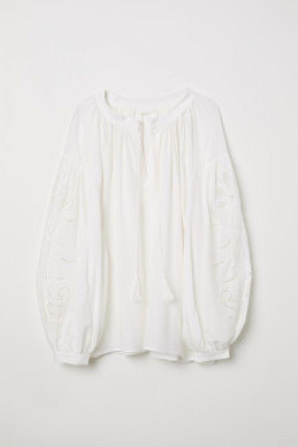 Bluza cu model ajurat