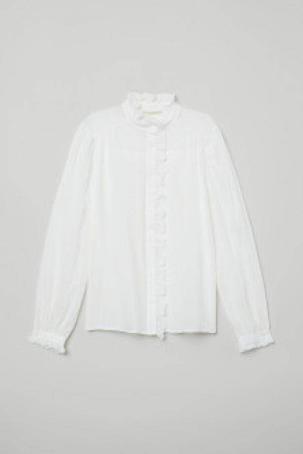 Bluza vaporoasa cu volane