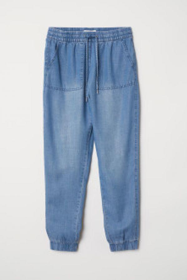 Pantaloni cu elastic in talie